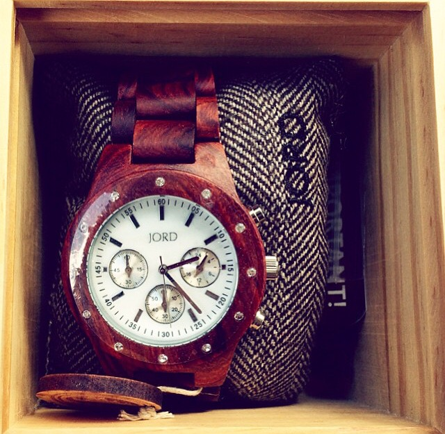 Jord Watches - Cherry and Mother Pearl